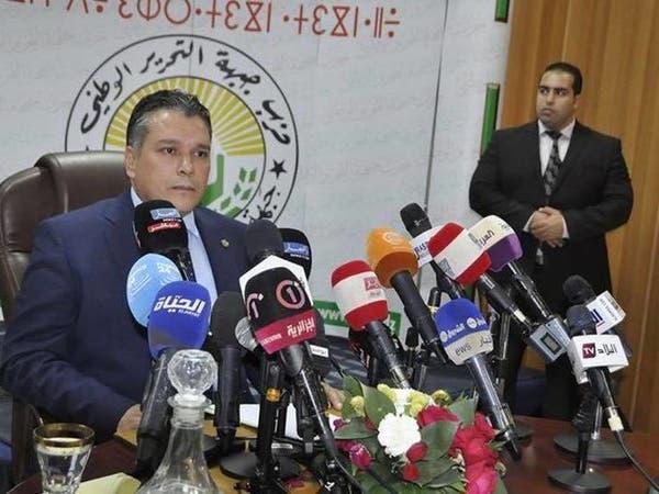 فيديو.. نواب جزائريون يقتحمون مكتب رئيس البرلمان