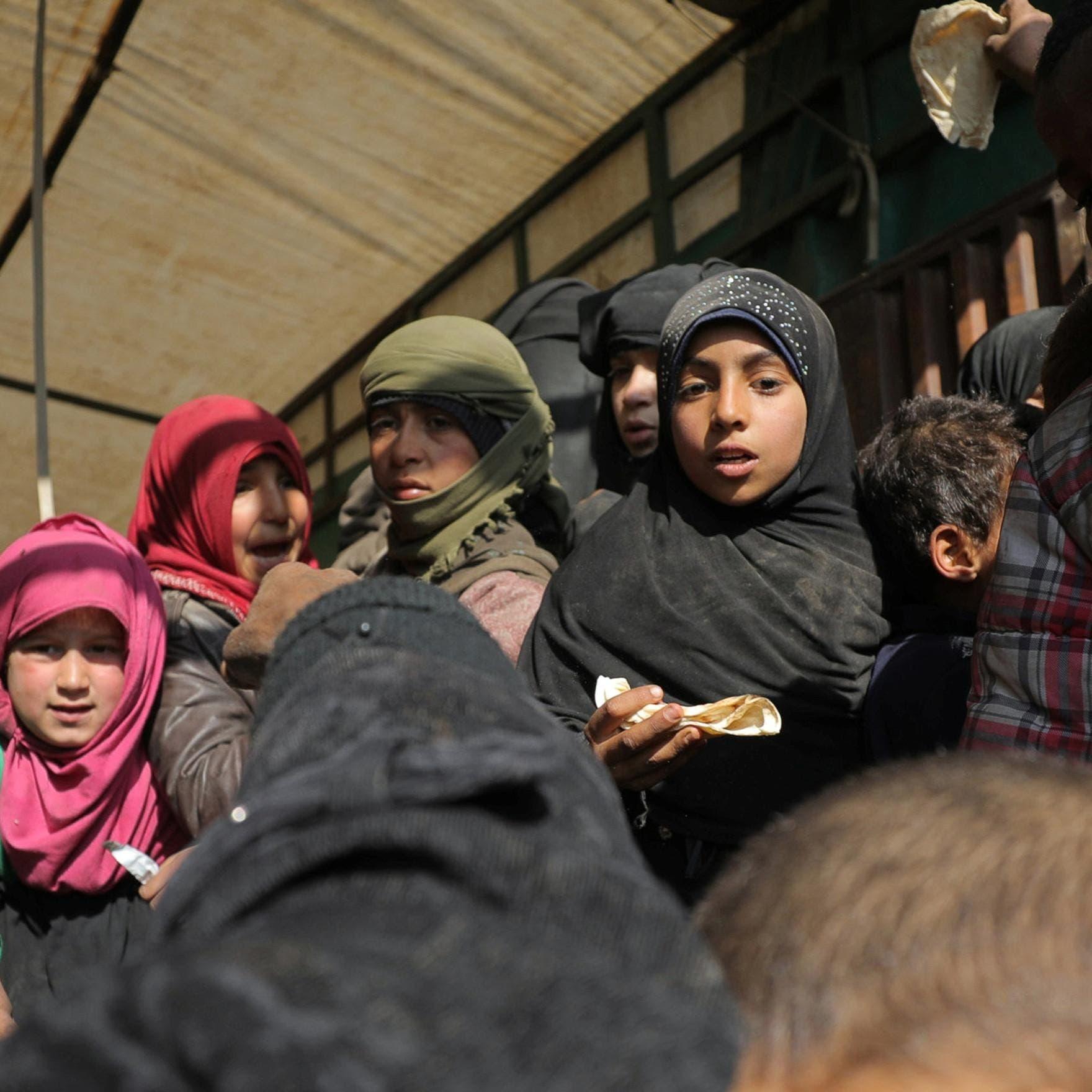 800 نازح جديد يغادرون الباغوز جيب داعش الأخير بسوريا