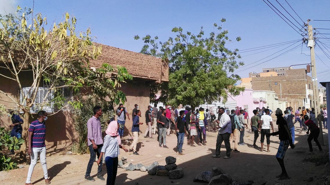 Sudanese protesters take to the streets in the capital Khartoum's district of Burri to demonstrate against the government on February 24, 2019. Riot police swiftly confronted protesters in Omdurman and Burri with tear gas, witnesses said, as protest organisers have vowed to continue with daily rallies, accusing President Omar al-Bashir and his officials of economic mismanagement that has led to soaring food prices and shortage of foreign currency.