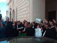 أصحاب الجبة السوداء يحتجون ضد ترشح بوتفليقة