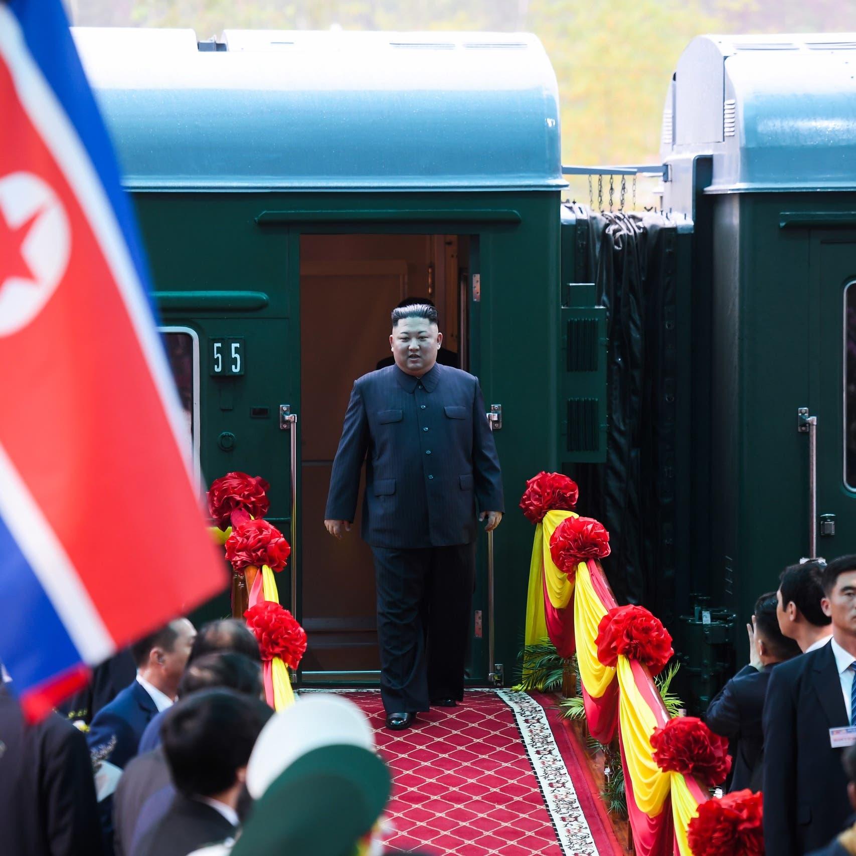 كيم يصل إلى فيتنام لحضور قمته الثانية مع ترمب