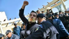 الجزائر میں دسیو ں صحافی سنسر شپ کے خلاف احتجاجی ریلی میں شرکت پر گرفتار