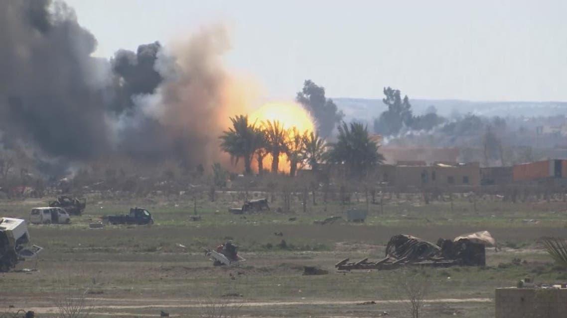 سيارات مفخخة تبطئ الهجوم على داعش في الباغوز