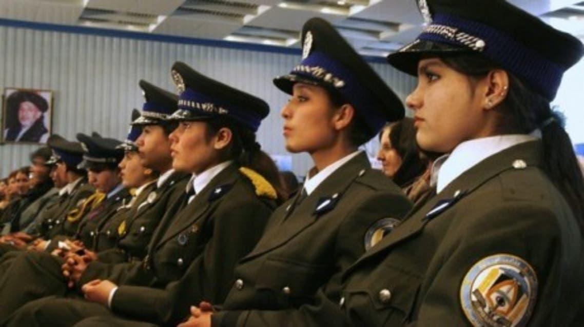 military_woman_afghanistan_police_000003-460x323