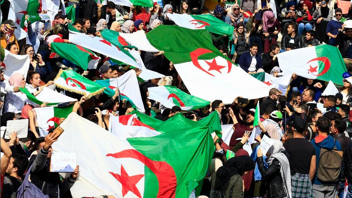 Hundreds of students gather in central Algiers to protest Algerian President Abdelaziz Bouteflika's decision to seek fifth term, Tuesday, March 6, 2019. (AP)