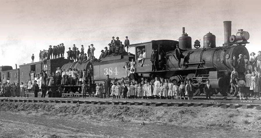 صورة لأحد قطارات اليتامى بكنساس