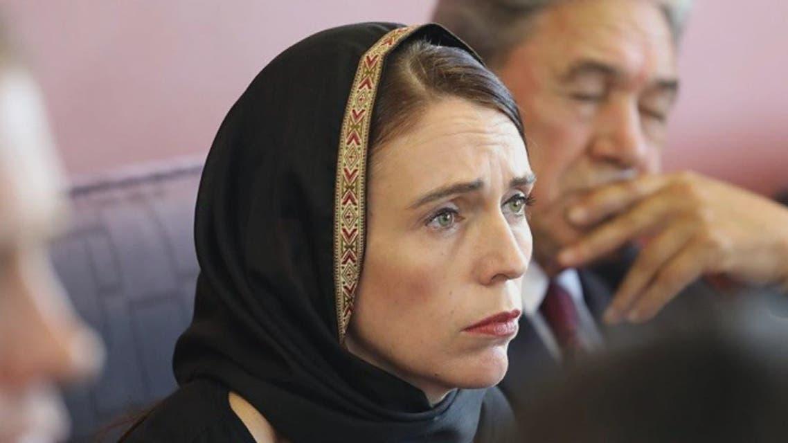 رئيسة وزراء نيوزيلندا ترتدي الحجاب تضامنا مع الجالية المسلمة