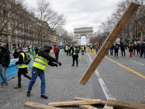 السترات الصفر.. أحكام على 2000 شخص منذ بدء الاحتجاجات