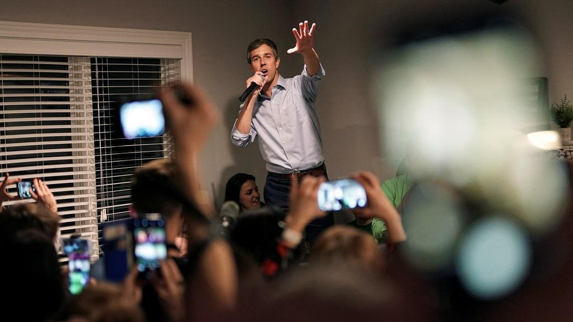 Democratic 2020 presidential candidate Beto O'Rourke speaks with supporters during a three-day road trip across Iowa. (Reuters)