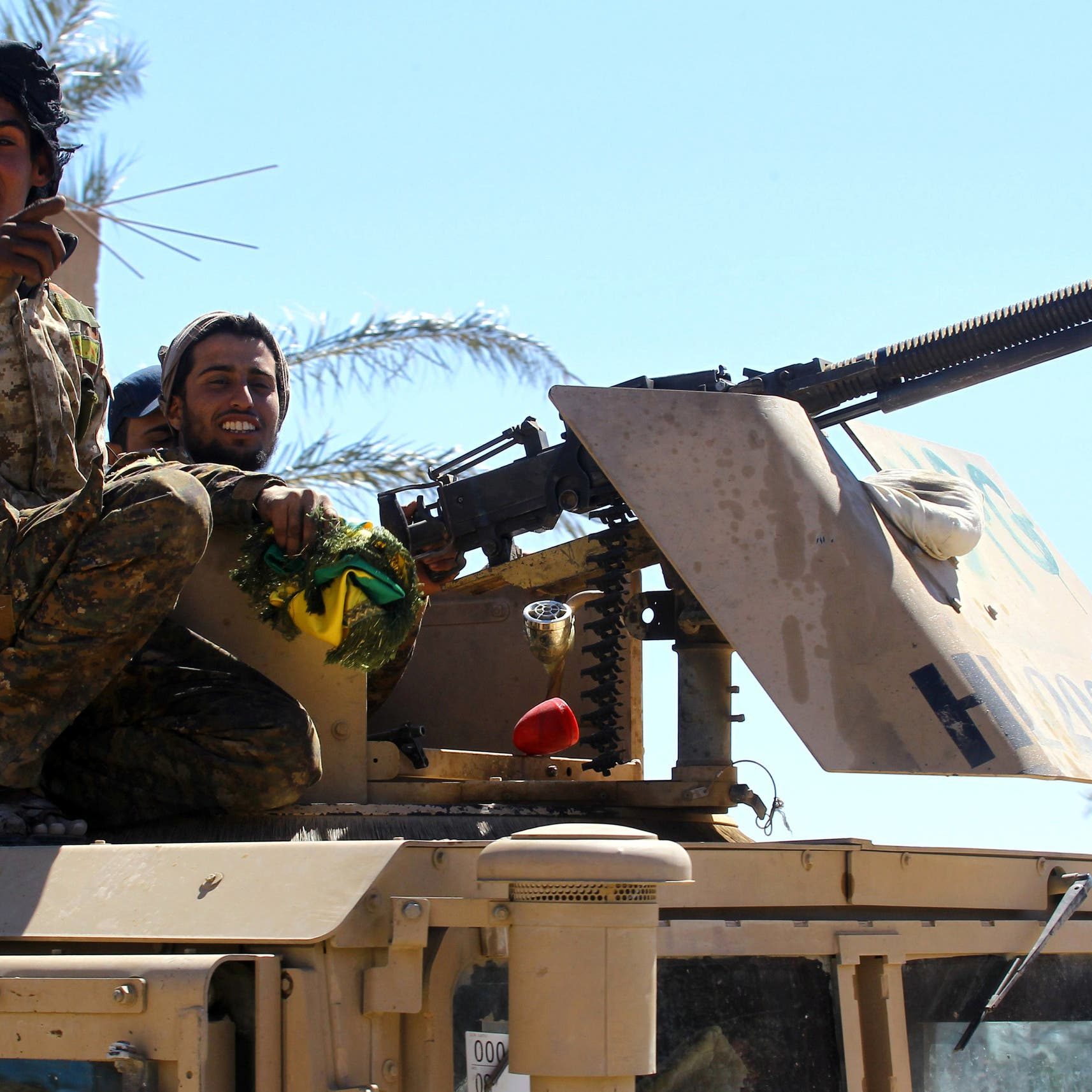 """""""قسد"""" تطوق داعش في الباغوز.. والتنظيم يتحصن بالأسرى"""