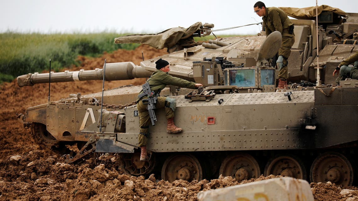 دبابة إسرائيلية على حدود غزة
