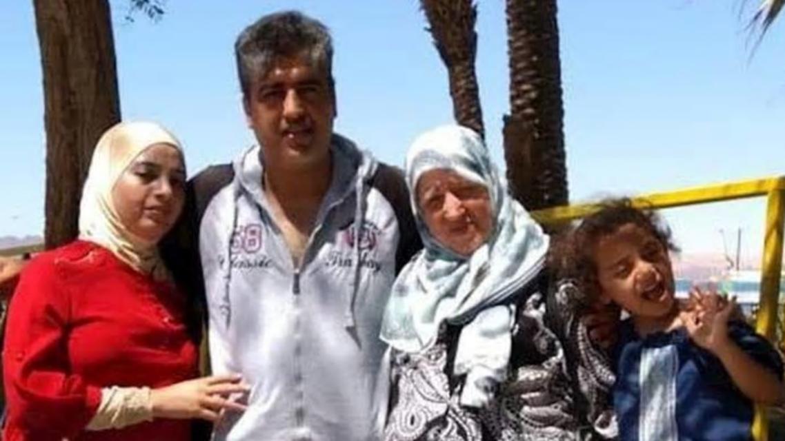 والدة الأردني كامل درويش