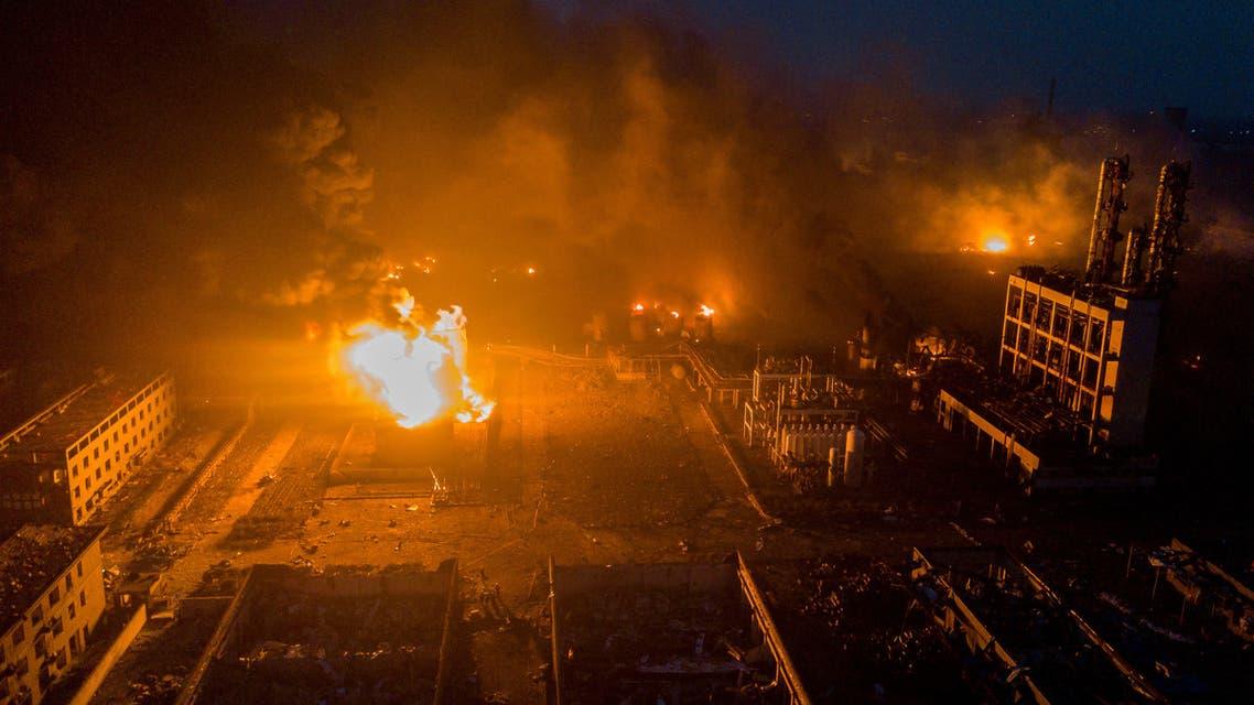دخان يتصاعد جراء انفجار في مصنع للمبيدات الحشرية في الصين يوم 21 مارس