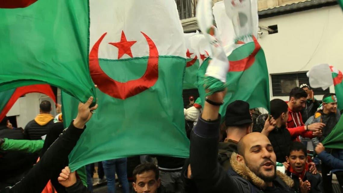 الأزمة السياسية تضغط على اقتصاد الجزائر