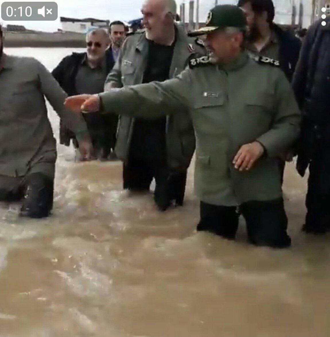 من الفيضانات