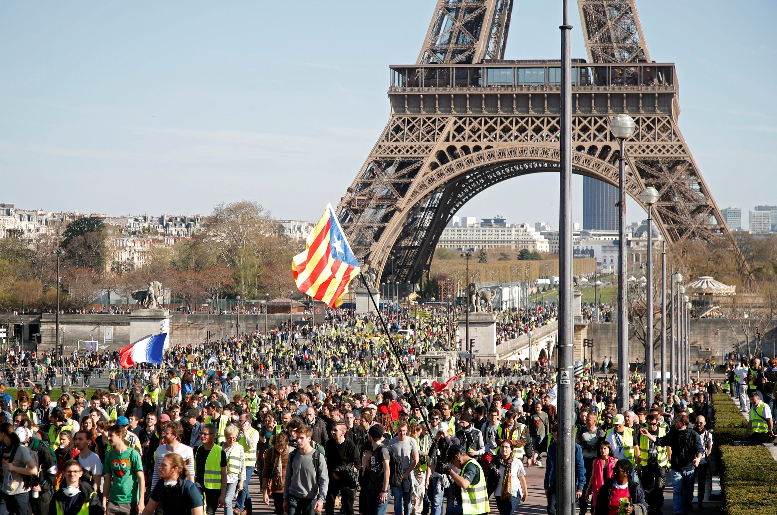 Protesters wearing yellow vests attend a demonstration during the Act XX (the 20th consecutive national protest on Saturday) of the yellow vests movement in Paris, France, on March 30, 2019.(Reuters)