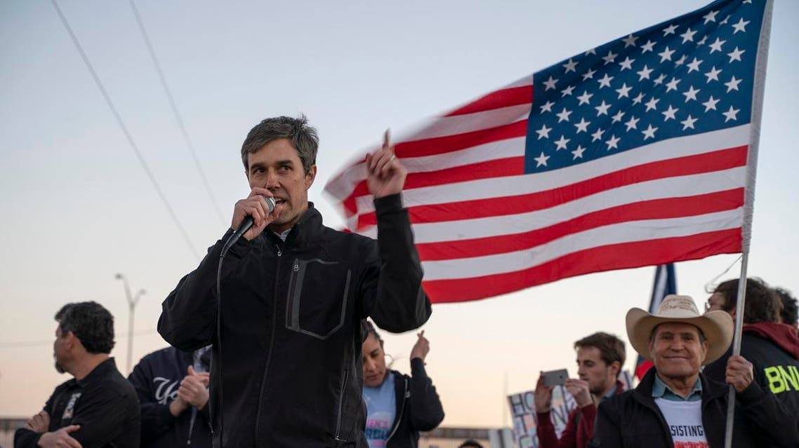 """Former Texas Congressman Beto O'Rourke speaks to a crowd of marchers during the anti-Trump """"March for Truth"""" in El Paso. (Reuters)"""