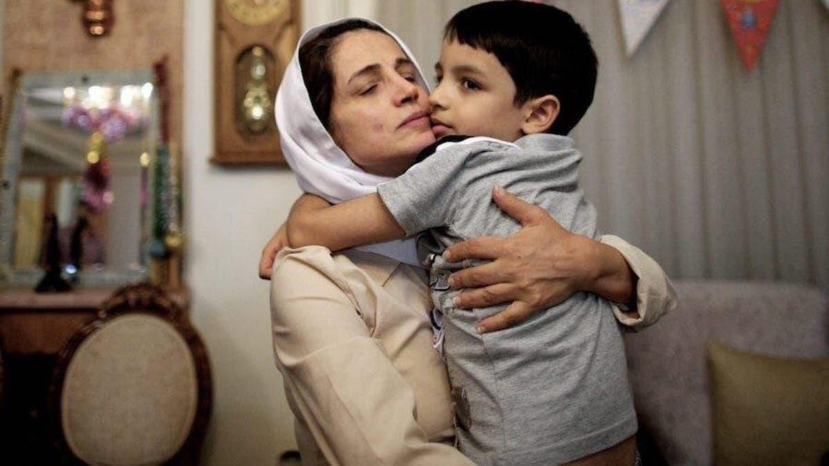 للضغط على أمها.. إيران تستدعي ابنة ناشطة شهيرة معتقلة