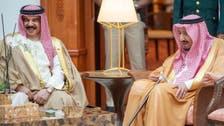 خادم الحرمين يبحث مع ملك البحرين آفاق التعاون والتنسيق