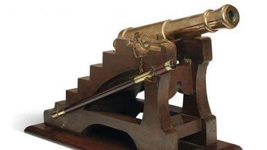 عرض النسخة المصغرة الوحيدة من مدفع برج إيفل بالمزاد