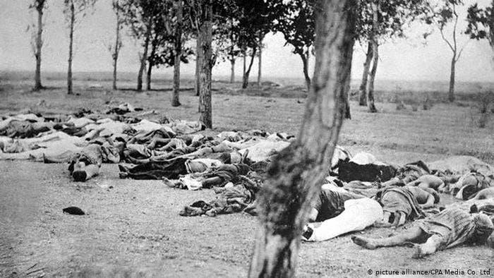 صورة لعدد من ضحايا إبادة الأرمن
