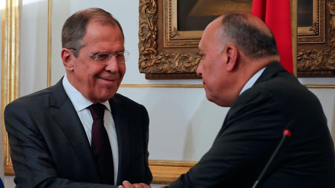 Russian Foreign Minister Sergey Lavrov and Egypt's Foreign Minister Sameh Shoukry shake hands after a news conference following a meeting at Tahrir palace in Cairo, Egypt April 6, 2019. (Reuters)