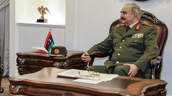 ترمب وحلفاؤه اختاروا حفتر لمواجهة الميليشيات المتطرفة في ليبيا