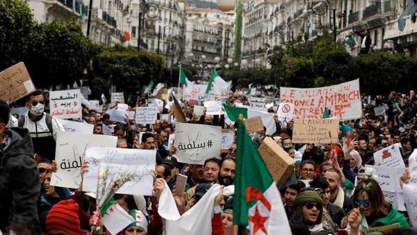 الجزائر.. قوى الحراك الطلابية تدعو لإضراب مفتوح