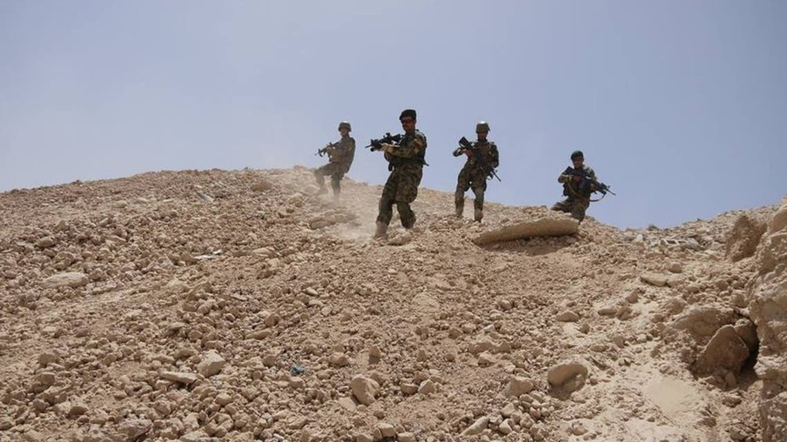 ادامه جنگ شدید طالبان با سربازان افغان در بالامرغاب بادغیس