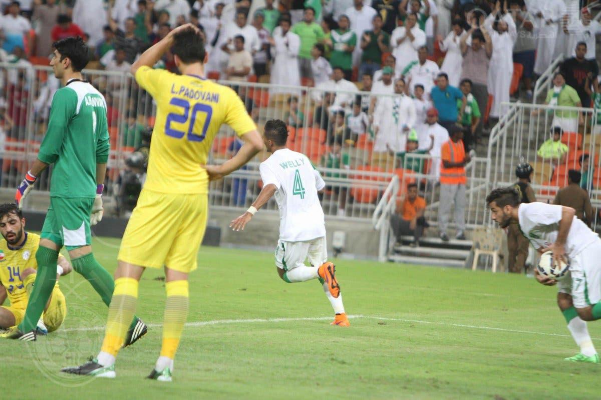 الأهلي في مباراة سابقة ضد نفط طهران