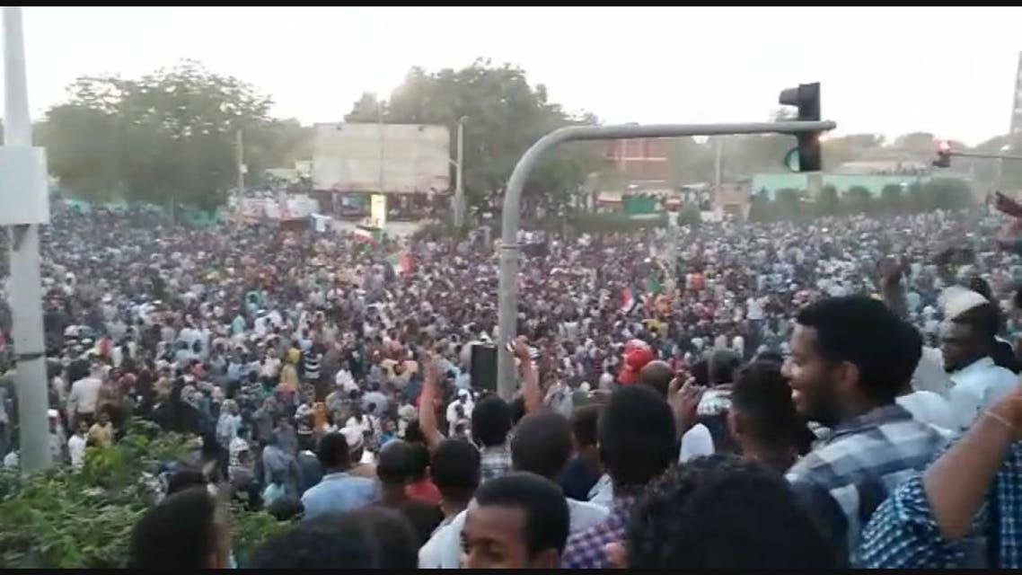 استمرار التظاهرات الحاشدة في السودان