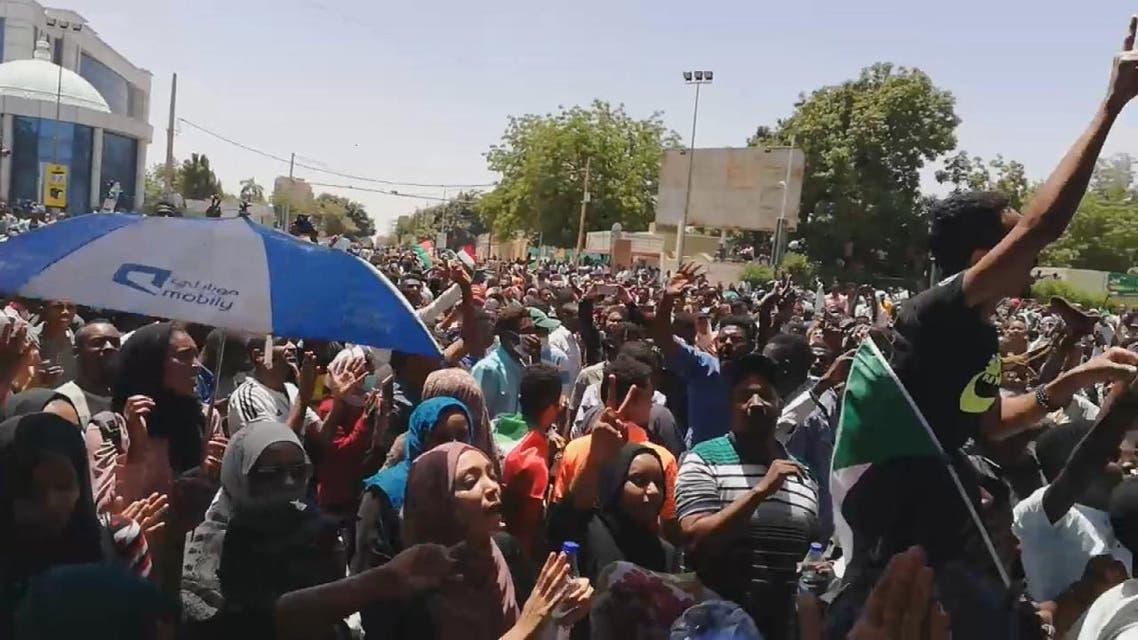 THUMBNAIL_ السودان.. البشير لم يستقيل