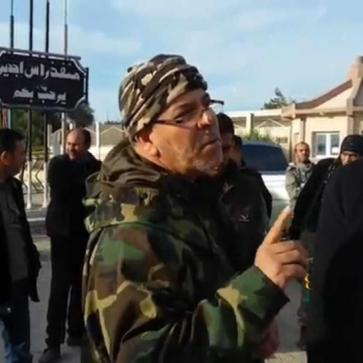 شاهد.. أشد زعماء ميليشيات ليبيا فتكاً يتمسك بالحرب