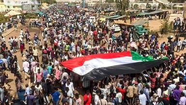 السودان.. مصادر العربية تؤكد تنحي عمر البشير