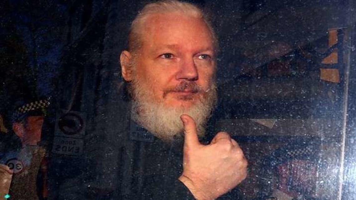 أسانج عقب اعتقاله في لندن