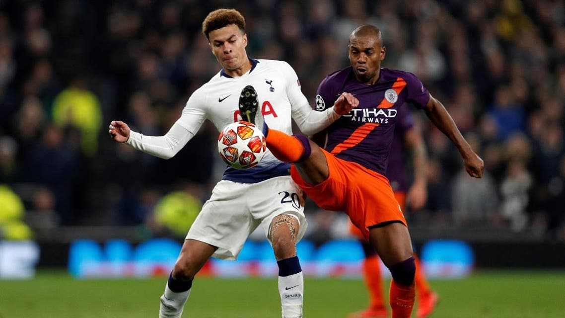 Tottenham Hotspur's English midfielder Dele Alli (L) vies with Manchester City's Brazilian midfielder Fernandinho during the UEFA Champions League quarter-final first leg football match between Tottenham Hotspur and Manchester City at the Tottenham Hotspur Stadium in north London, on April 9, 2019. (AFP)