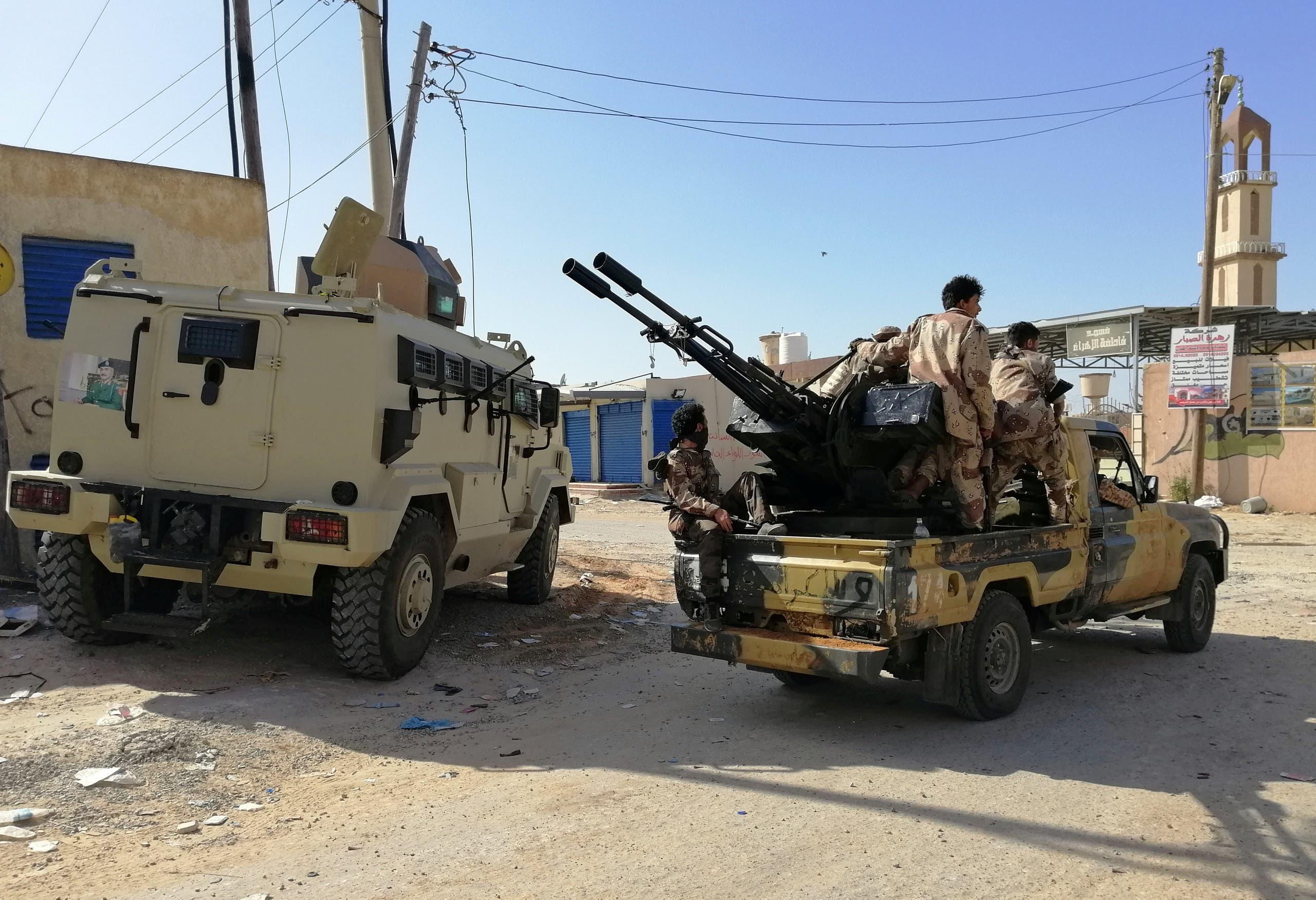 عناصر من الجيش الليبي جنوب طرابلس
