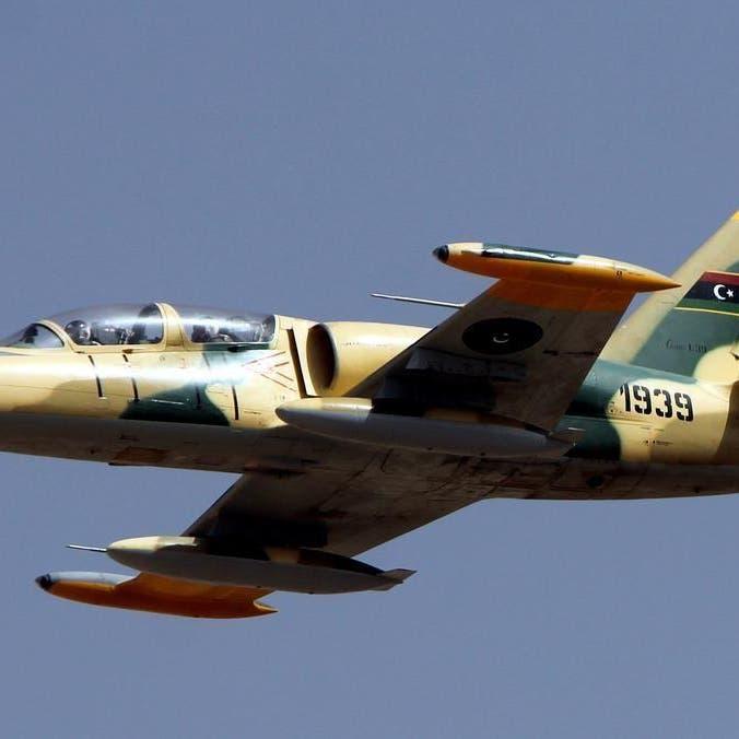 ليبيا.. الجيش ينفذ غارات جوية على مواقع الإرهابيين في طرابلس