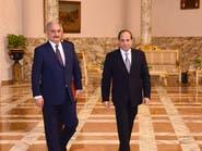 حفتر يبحث تطورات الأزمة الليبية مع الجانب المصري