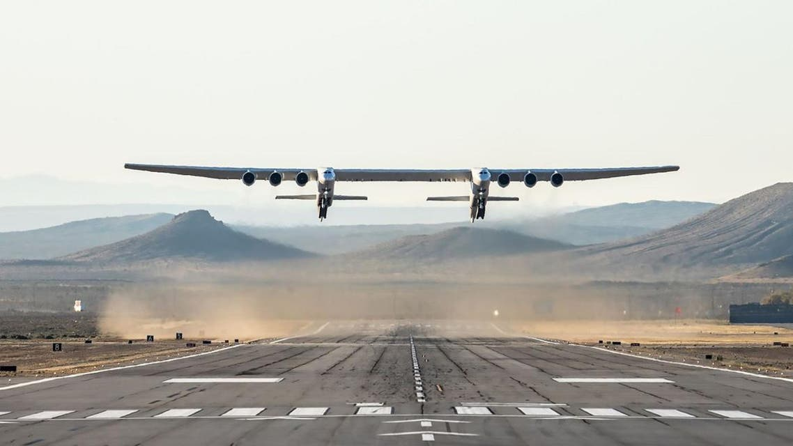 The world's largest airplane -- a Stratolaunch behemoth with two fuselages and six Boeing 747 engines -- made its first test flight on Saturday in California. (AFP)