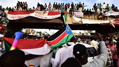 المعتصمون يرفضون محاولة الجيش السوداني إزالة الحواجز