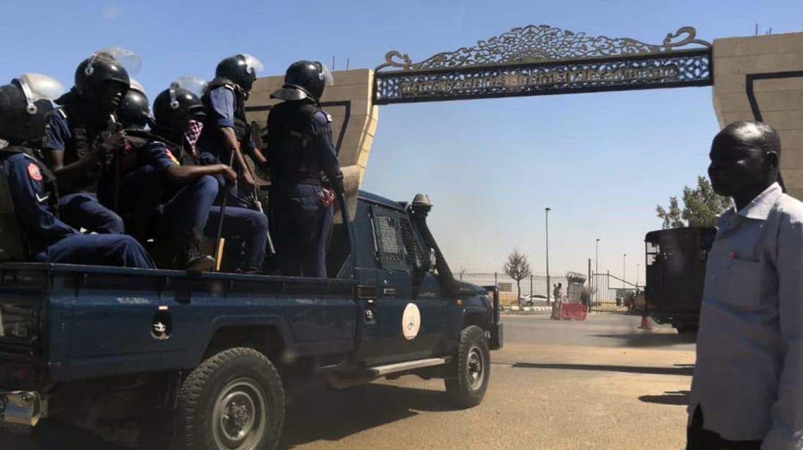 Sudanese police arrive at Khartoum airport on April 6, 2019. Protests have rocked the east African country since December, with angry crowds accusing Bashir's government of mismanaging the economy that has led to soaring food prices and regular shortages of fuel and foreign currency.