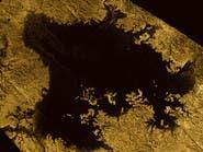"""""""البحيرات الشبح"""" على سطح أحد أقمار زحل"""