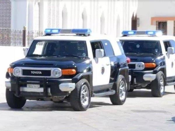 القبض على 4 مواطنين اعتدوا على موزع لشركة خدمات توصيل