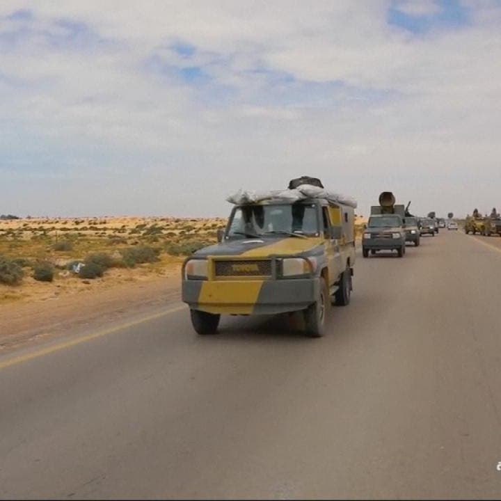 الجيش الليبي يدفع بمئات المدرعات والأسلحة الثقيلة باتجاه طرابلس
