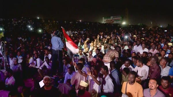المجلس الانتقالي السوداني: فتح الطرق لا يعني فض الاعتصام