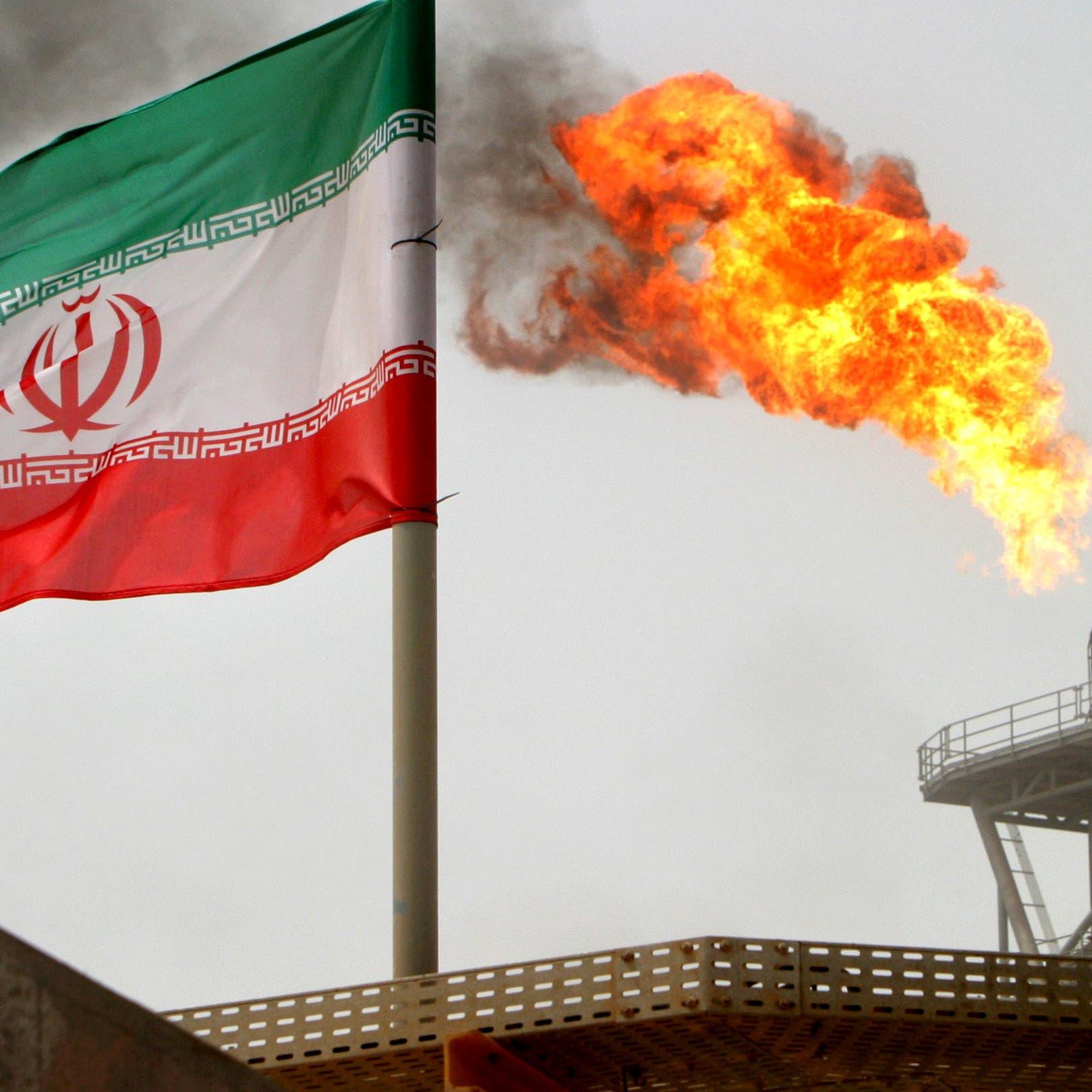 اتهامات لشركتين لبنانيتين بنقل نفط إيران سراً إلى سوريا
