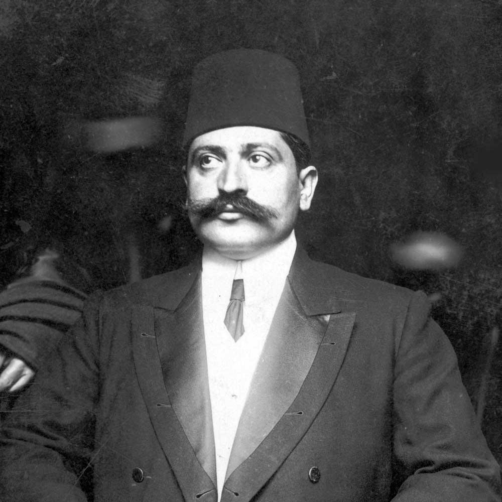 صورة لوزير الداخلية العثماني طلعت باشا