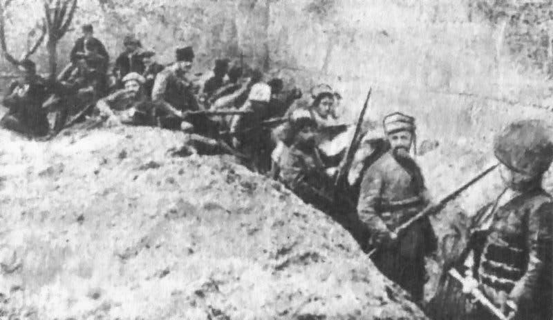 صورة لعدد من المقاومين الأرمن الذين حاولوا التصدي للجيش العثماني أثناء سعيه لإقتحام احدى قراهم