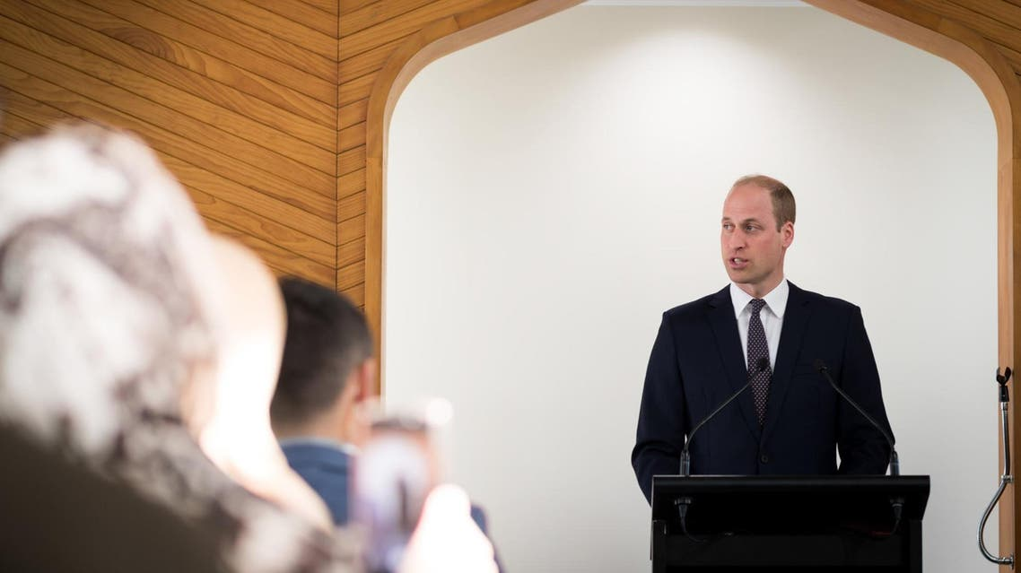 Prince William talking to victims of the New Zealand mosque shooting (Twitter)